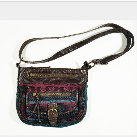 Aztec VTG Boho Pocket Abstract Pattern Purse Bag. M 5b25da50bb76159128c5c170 41abbf0eb86d7